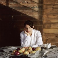 http://bernalespacio.com/files/gimgs/th-43_MARINA ABRAMOVIC_ PORTRAIT WITH ONIONSweb.jpg