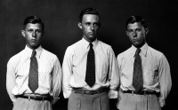 http://bernalespacio.com/files/gimgs/th-47_Mike Disfarmer Buel, Elbert and Jewell Haile, brothers; from the Heger Springs Portraits 1939-46.jpg